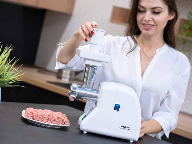 Obrázok ku článku Multifunkční mlýnek Zelmer: součást povinné výbavy každého milovníka masových specialit